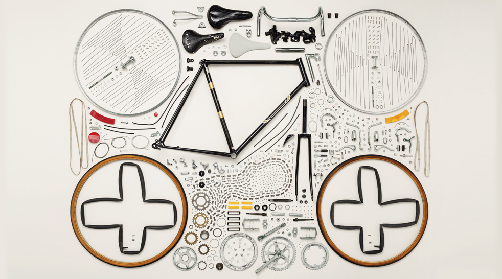 Things-Come-Apart-by-Todd-McLellan-1